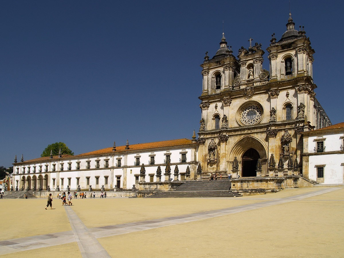4 Monasteries You Need To Visit In Portugal