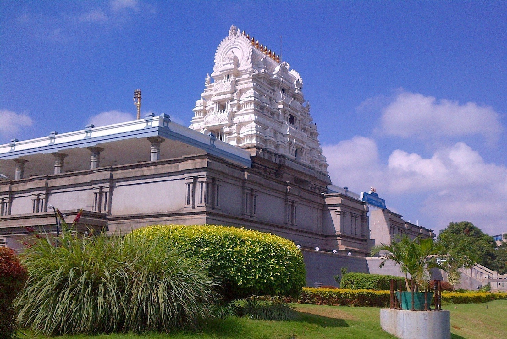 Bangalore's Beautiful And Famous Temples